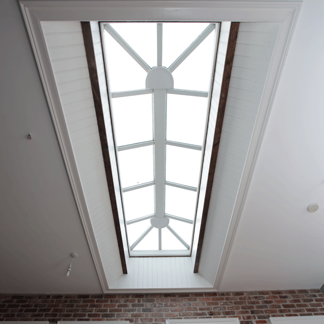 linehan-construction-roof-light-feature_4091-660x660