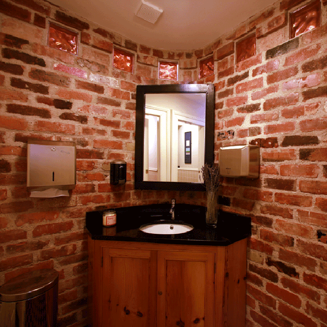 church-restaurant-skibereen-linehan-construction-restroom_0251-660x660