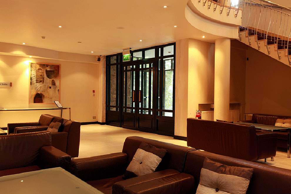 maryborough-hotel-cork-lower-lobby-after-new-doors installed by linehan construction
